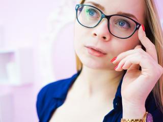 RebeccaBloom webcam